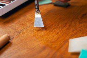 ¿Cómo restaurar muebles de madera?