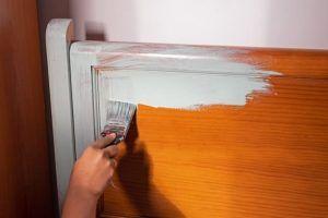 ¿Cómo pintar muebles de madera?